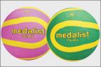 Netball Balls  ::  Play